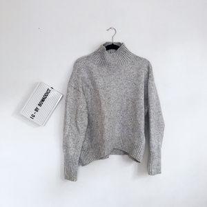 [H&M] Gray HIgh Mock Neck Chunky Sweater